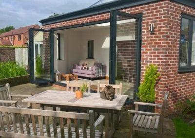Bi-fold extension to garden space