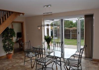 bi-fold dining room to garden